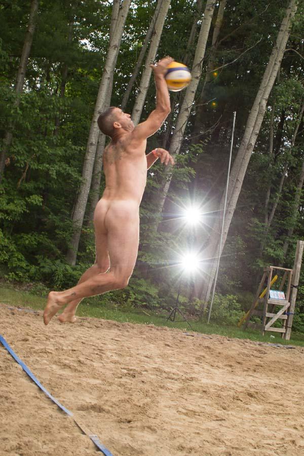 Nudist-naturist Volleyball
